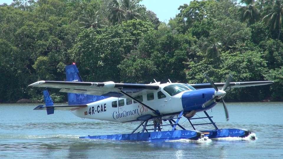 Sri Lanka - Cinnamon Air 2