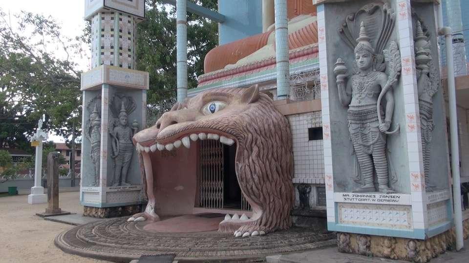 Negombo –  Angurukaramulla Temple – Sri Lanka 2015