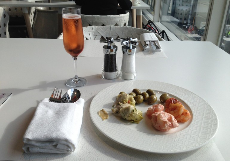 Qatar Airways London Heathrow Premium Lounge 2